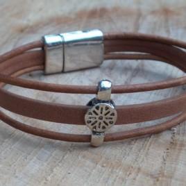 Armband bruin bedel
