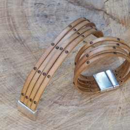 Armband vier op een rij