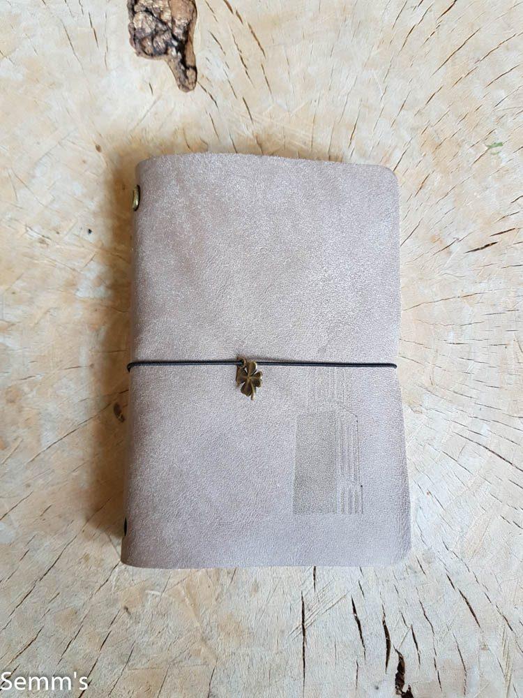 grijs leren notitieboekje peperbus