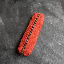 rode suede pennenetui