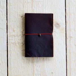 leren donkerbruin notitieboekje