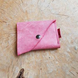 roze leren portemonnee