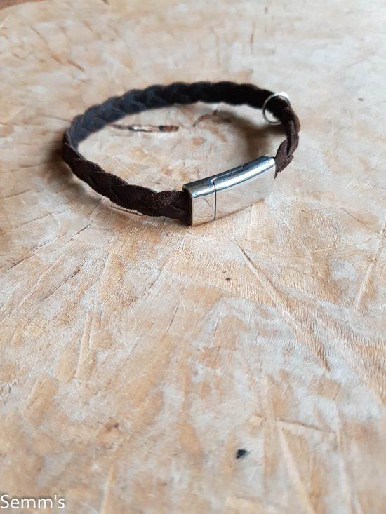 bruin gevlochten armband