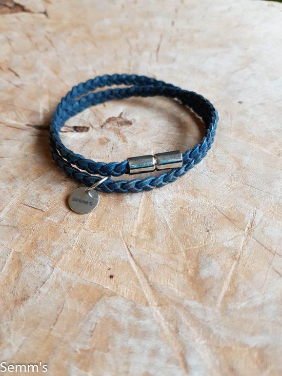 turquoise gevlochten leren armbandje