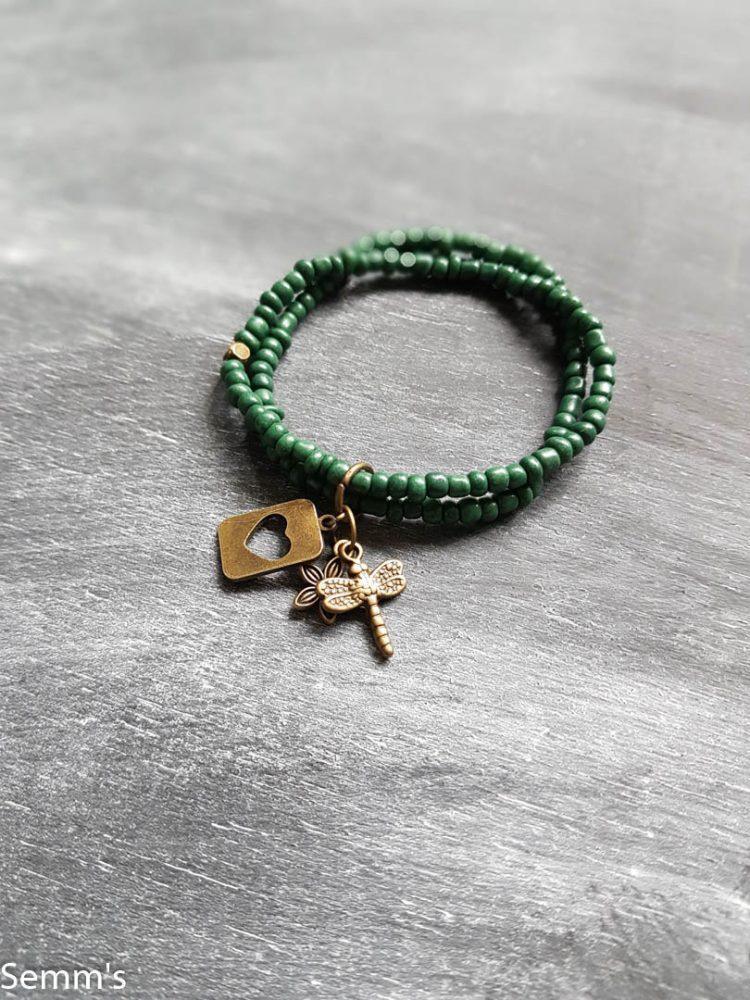 armband groene kraaltjes