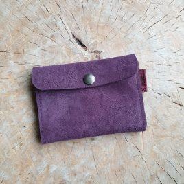 klein portemonneetje paars suede | leren pasjeshouder